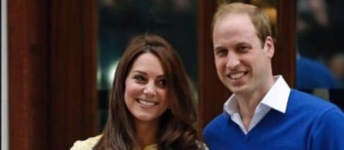 Duques de Cambridge foram agora pais de uma menina