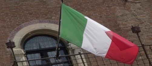 La bandiera dell'Italia e le regioni comprese