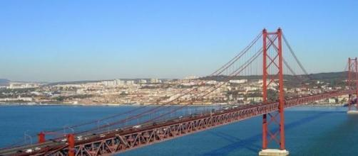 A Ponte 25 de Abril esteve vazia durante 2 horas.