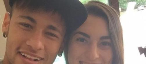 Selfie durante l'incontro tra la ragazza e Neymar