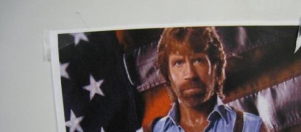 Chuck Norris befürchtet feindliche Übernahme