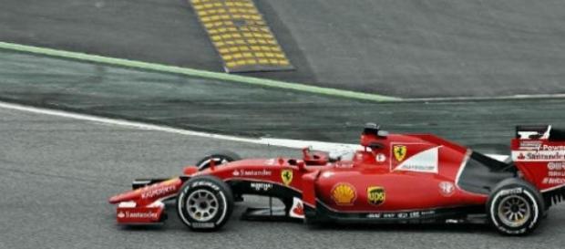 Vettel já ganhou, mas quer superar mais a Mercedes