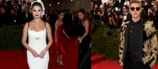 Selena Gomez e Justin Bieber muito elegantes