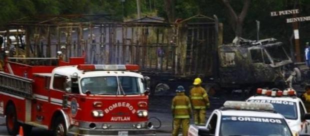 De nombreuses attaques ont provoqué des incendies.