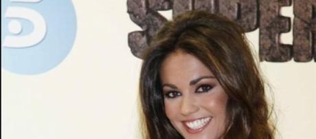 Lara Álvarez presentadora de Supervivientes.