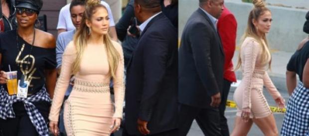 Jennifer Lopez à chegada ao programa Ídolos