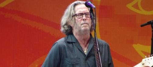 Eric Clapton con su guitarra Fender Stratocaster
