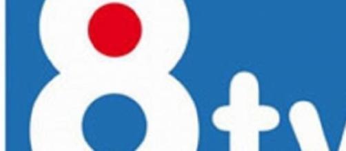 Logo del canal privado catalán 8 TV.