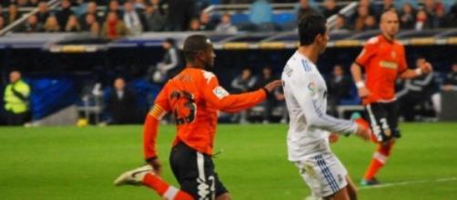 Real Madrid e Valência jogam uma cartada decisiva