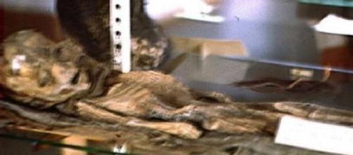 Ufo: ecco foto inedite di alieno a Roswell