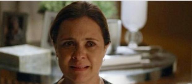 Adriane Esteves pode deixar elenco de 'Babilônia'