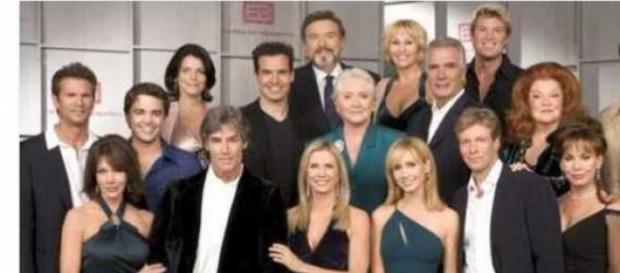 Il cast di Beautiful, soap arrivata a 7000 puntate