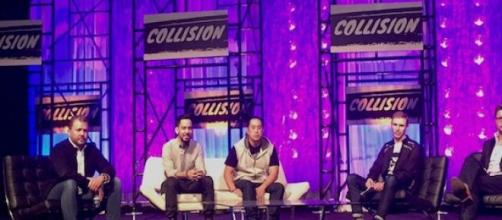 Mike Shinoda and Joe Hahn, 2nd & 3rd from the left