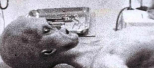 Il corpo dell'alieno nel filmato di Roswell
