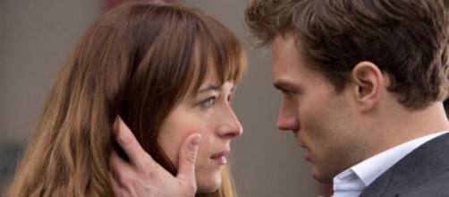 50 nuances de Grey : Anastasia et Christian.