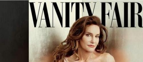 Bruce Jenner pose en femme!