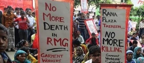 Ciudadanos de Bangaladesh en manifestación