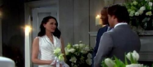 Deacon e Quinn si sposano
