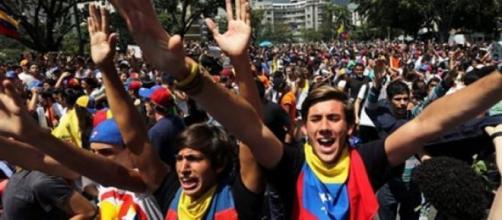 Les citoyens réclament du changement au Venezuela.