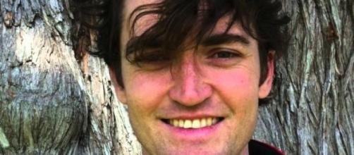 Ross Ulbricht condenado com a pena máxima