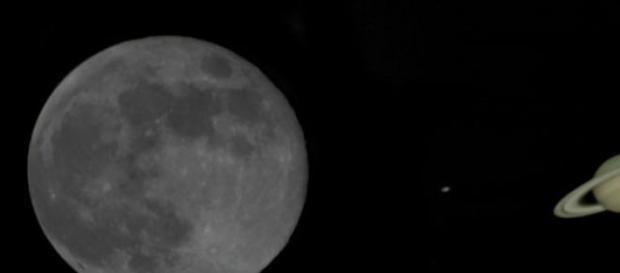 Saturno se aproxima a la Luna