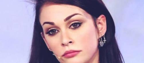 Gossip Uomini e donne: Valentina è gelosa