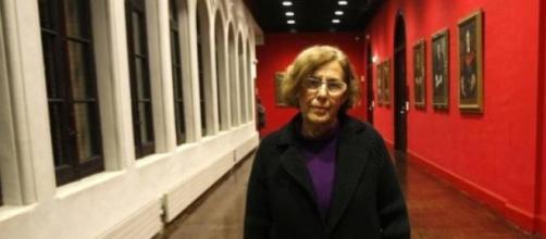 Manuela Carmena esperando a ser alcaldesa.