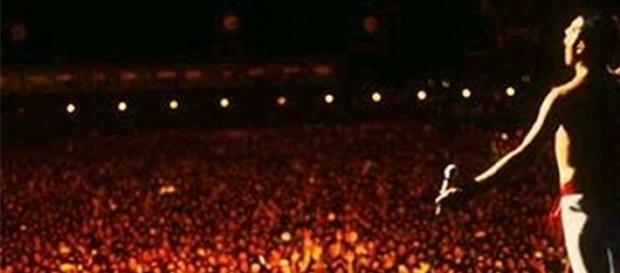 Show histórico do Queen no RIR em 1985