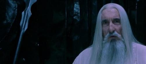 A interpretar Saruman em 'Lord of The Rings'.