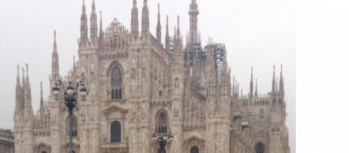 Caos a Milano, continua la polemica immigrati