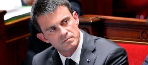 Manuel Valls - La Reunion - opinion