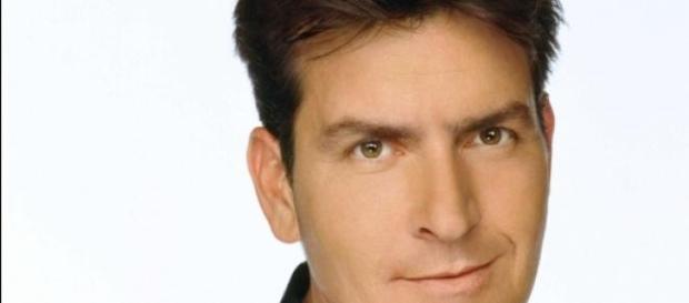 Charlie Sheen se intoxica con almejas