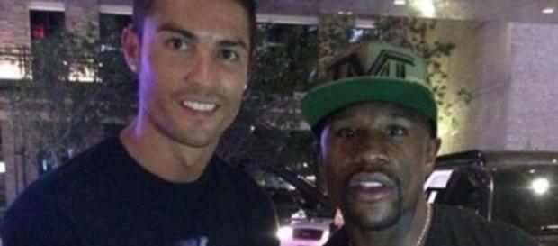 Cristiano Ronaldo y Floyd Mayweather.