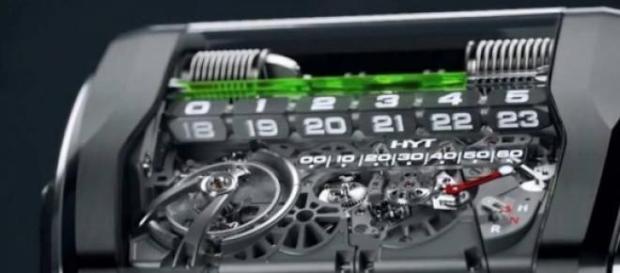 El novedoso y único reloj HYT H3