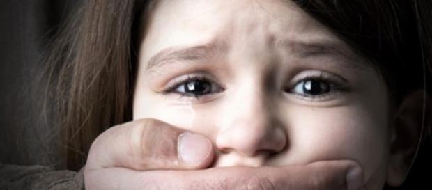 Fetita de 11 ani violata