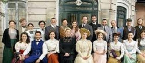 Cast della nuova soap opera Una Vita.