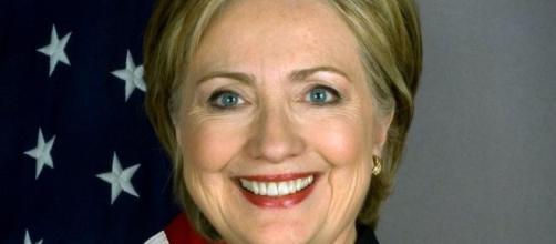 Hillary Clinton quer aumentar fundos de campanha.
