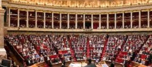 Les députés en séance à l'assemblée