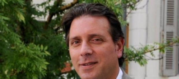 Alberto De Fazio, senador y candidato a intendente