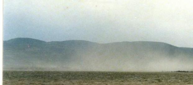 Norul de praf văzut din Serbia