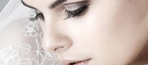 Occhi e labbra protagonisti del trucco sposa 2015