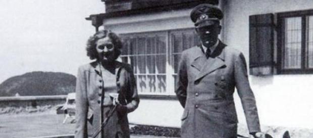 Adolf Hitler si Eva Braun