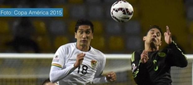México empata a cero con Bolivia