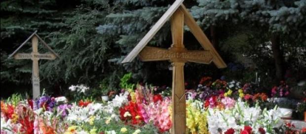 Milioane de români au fost la mormantul părintelui