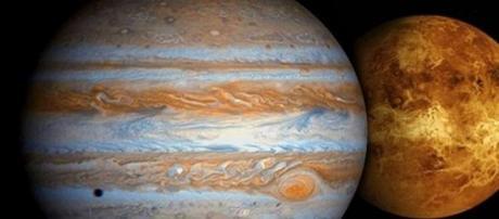 Venus y Júpiter, acercándose