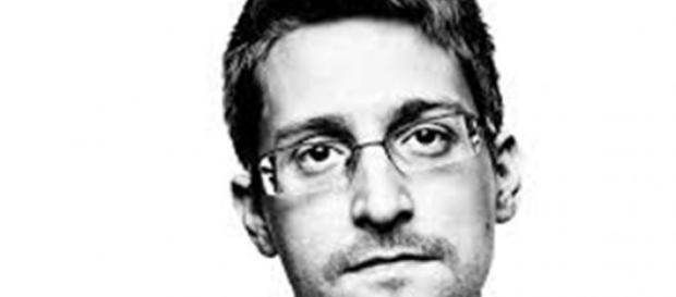 Edward Snowden, fostul colaborator al CIA și NSA