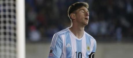 El lamento de Messi luego del empate en el debut