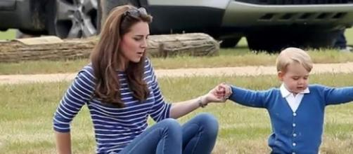 Kate Middleton divertiu-se com o filho
