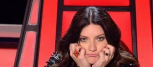 Laura Pausini siguiendo una actuación