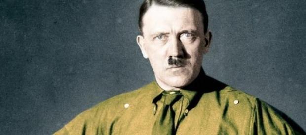 Le dictateur nazi, Hitler